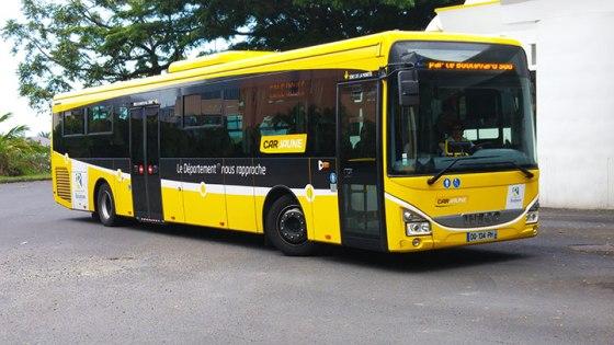 cars-jaunes01
